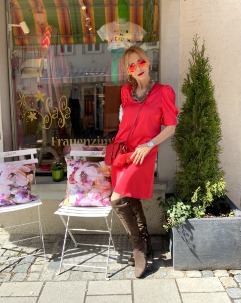 Dress Adellaide red